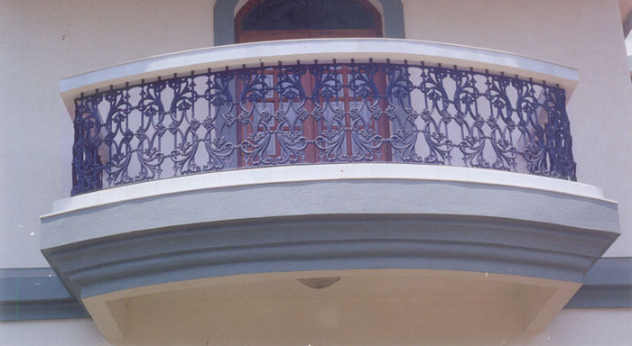 Balcony grills cast iron balcony grills balcony grills for Balcony full grill design