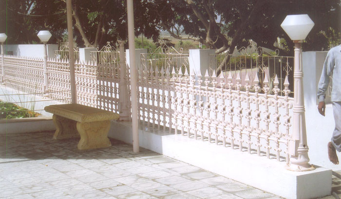 compound wall railing cast iron railing for compound wall decorative and designed compound railing